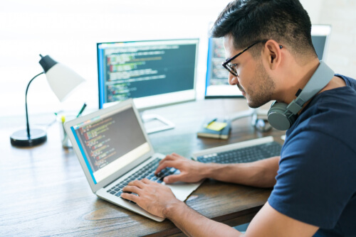 O curso de informática pode agregar na vida profissional